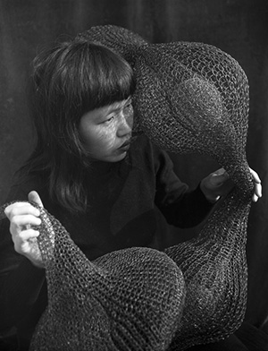 events/Ruth_Asawa_Holding_A_Form-Within-Form_Sculpture_1952-300px.jpg