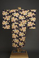 [Dark purple kimono with rose and chrysanthemum design, Waipahu, Hawaii, 1933]