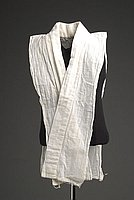 [White sarashi cloth eri (collar)]