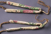 [Floral pattern zori straps, Waialua, Hawaii]