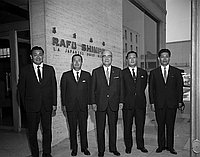 [Kikkoman executives in front of Rafu Shimpo building, Los Angeles, California, June 20, 1968]
