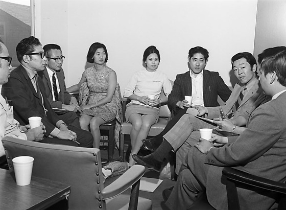 asian american social workers los angeles california