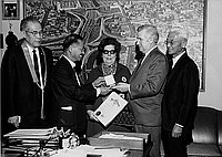 [Jihei Noda, Vice chair of Sao Paulo City Council, Brazil visiting Los Angeles Deputy Mayor Joseph M. Quinn at Los Angeles City Hall, Los Angeles, California, April 8,1970]