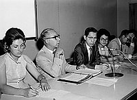 [Los Angeles City School System Japanese language progam panel discussion at the J.C. office, California, July 14, 1970]
