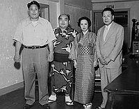 [Maedayama, Toshiko Yamaguchi and Shonan Kimura at Miyako Hotel, Los Angeles, California, August 4, 1951]