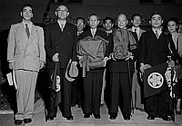 [Reverend Shozen Nakayama of Tenrikyo of Japan visiting Los Angeles, California, August 10, 1951]