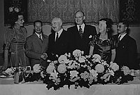 [Farewell dinner for Los Angeles Mayor Fletcher Bowron by local Japanese community, Los Angeles, California, October 21, 1951]