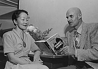 [Dr. and Mrs. E. Allen Petersen promoting book, Hummel Hummel, Los Angeles, California, November 29, 1952]