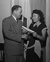 [Miss Junko Shimizu receiving award at American Association for the United Nations, March 15, 1950]