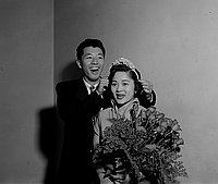 [Lillian Tataki crowned LACC student Nisei Alpha queen, Los Angeles, California, September 30, 1955]