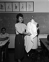 [Grace Nakao, Golden Thimble award winner at Los Angeles Trade Technical Junior College, Los Angeles, California, November 5, 1955]