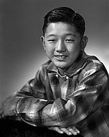 [Ken Nishino, half-portrait, Los Angeles, California, December 13, 1955]