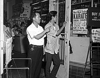 [Marutaka Uptown Market attempted robbery, Los Angeles, California, August 5, 1967]
