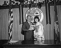[Los Angeles Mayor Sam Yorty and Japanese singer Linda Yamamoto at Los Angeles City Hall, Los Angeles, California, November 1, 1967]