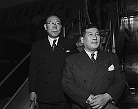 [Kyusaku Hori, President of Nikatsu Films, and secretary Hideomi Mori at airport, California, February 20, 1951]
